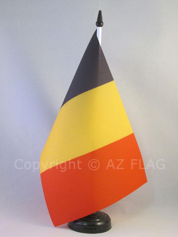 AZ FLAG Bandiera da Tavolo Malta 21x14cm Piccola BANDIERINA Maltese 14 x 21 cm