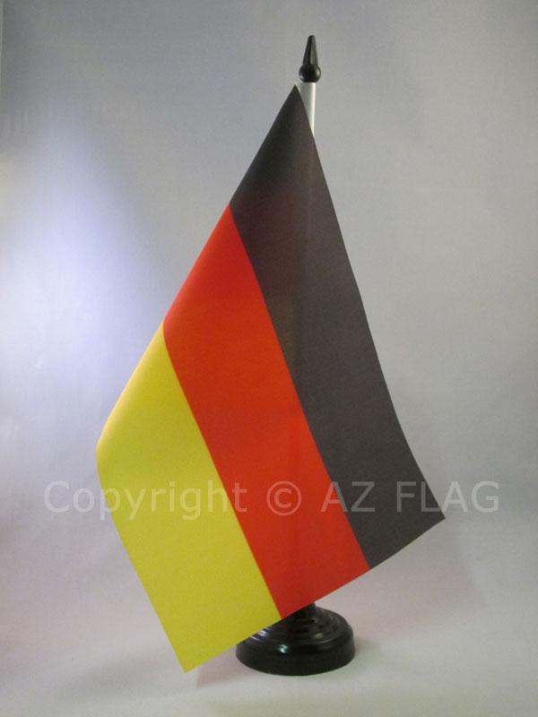 AZ FLAG Bandiera da Tavolo Germania WWI Senza Stemma 21x14cm Piccola BANDIERINA Tedesca di Guerra 14 x 21 cm